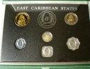 1,43 Dollar 1986 Ostkaribische Staaten KMS 1986 in der Original-Mappe /... 80,00 EUR  zzgl. 6,00 EUR Versand