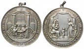 Tragb. Silbermedaille o.J. Deutschland, Taufhandlung in der Kirche, ss+  495,00 EUR  zzgl. 9,40 EUR Versand