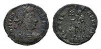 Æ-Halbcentenionalis, Siscia. RÖMISCHE KAISERZEIT Vetranio, 350. Sehr sc... 80,00 EUR  Excl. 6,70 EUR Verzending