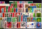 BRD 100 Stck 100 verschiedene gestempelte Briefmarken auf DIN-A5-Karte! Gute Mischung.