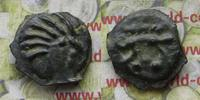 Potin  Kelten Senones Kopf n.r. 6 Strähnen / Eber steht n.r. unten 3 Ku... 52,00 EUR  zzgl. 5,00 EUR Versand