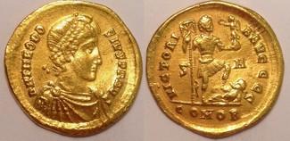 AV Solidus  Roman Empire / Römische Kaiser...